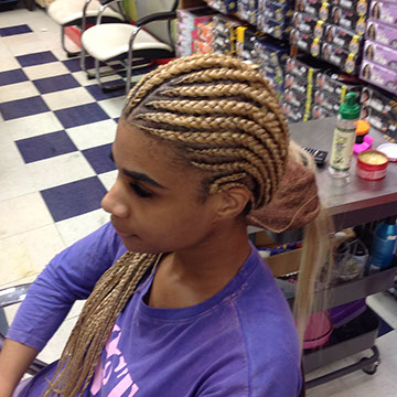 Cornrow Braids in woman's hair